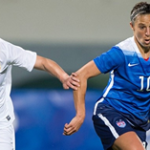 USAs Carli Lloyd (R) vs Norway