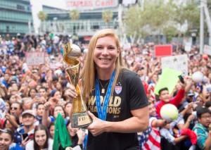 Chalupny Announces She Will Retire From WNT